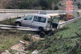 Un joven de 23 años ileso tras salirse de la vía en Barásoain (Navarra)