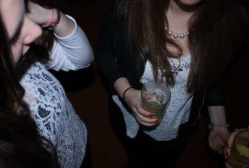 El informe 'Estudes' confirma el alto consumo de alcohol entre la juventud navarra, por encima de la media española
