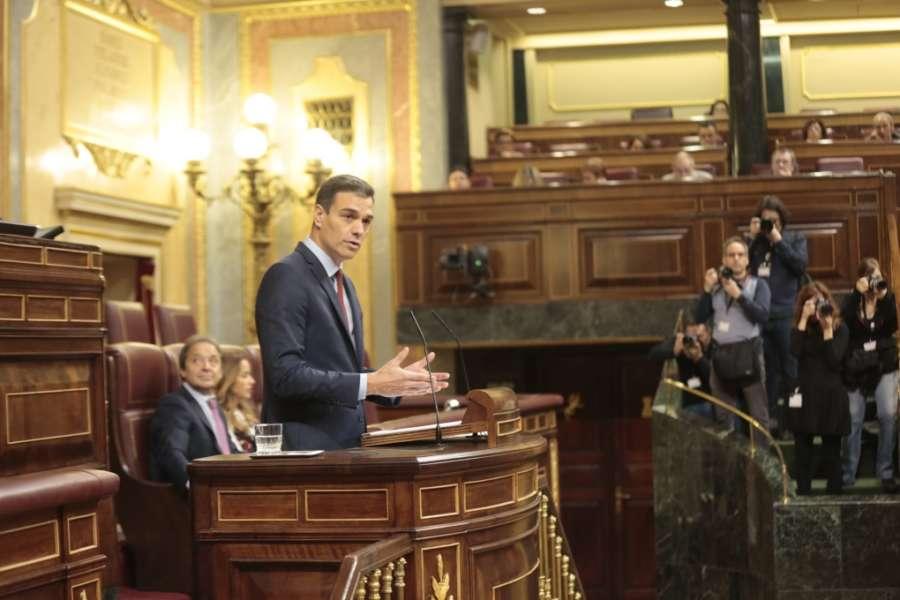 """Sánchez llama a Guaidó """"líder de la oposición"""" y defiende a Ábalos"""