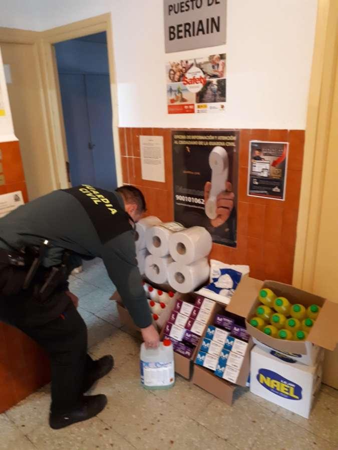 La Guardia Civil recibe miles de productos sanitarios en el estado de alarma por el coronavirus