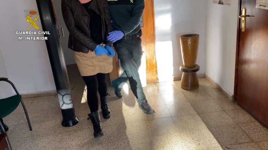 La Guardia Civil detiene a dos personas por ocupar varias viviendas vacías durante el confinamiento