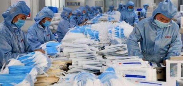Coronavirus: los médicos acudirán como acusación particular por las mascarillas defectuosas del gobierno