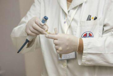 51.849 sanitarios contagiados en España por coronavirus, 136 más en 7 días