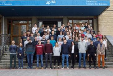 """Un total de 60 alumnos de la UPNA han participado este año en el """"Desafío Renovable"""""""