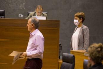 El Gobierno firma con Bildu el acuerdo para aprobar los Presupuestos de Navarra 2021