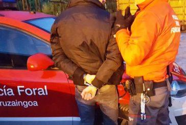 Huye a Rumanía para evitar prisión en Pamplona