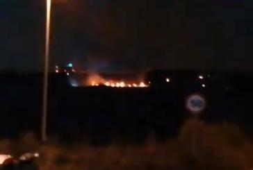 Bomberos Navarra sofoca un incendio en Mendillorri