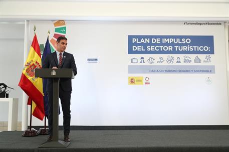 """Sánchez apela a la """"unidad"""" para impulsar España en la presentación del plan de 4.250 millones para el turismo"""