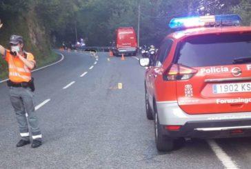 Un vecino de Pamplona fallece al salirse de la vía con su moto en Valcarlos