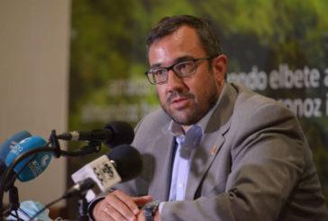 El vicepresidente Remírez y el alcalde de Baztán recuerdan las medidas preventivas ante la suspensión de las fiestas