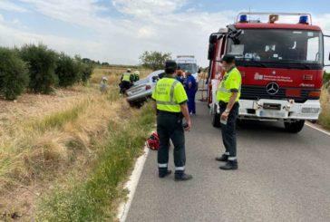 Un herido grave y varios excarcelados por Bomberos en una salida de vía en Murchante