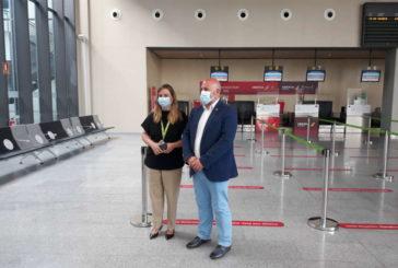El aeropuerto de Pamplona retoma mañana su actividad ordinaria