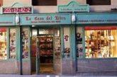 Los relojes de la calle Estafeta  de Pamplona redirigen ya su cuenta atrás al 6 de julio del próximo año
