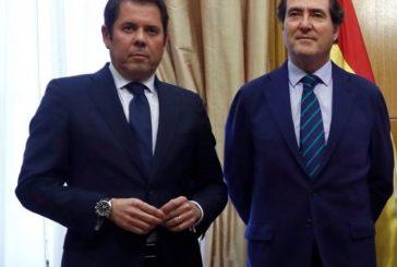 Los empresarios rechazan la subida de impuestos que planea Sánchez