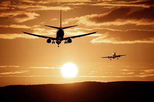 El Gobierno adopta medidas para impulsar al sector del transporte aéreo