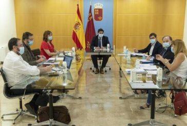 PP y Vox sumarían mayoría absoluta en la Región de Murcia, según el barómetro de la UCAM