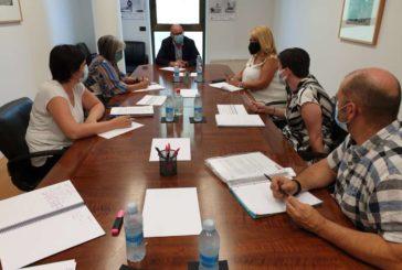 CERMIN pide regular las mascarillas transparentes y Educación garantiza atención presencial