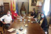 UAGN presenta el Sello Social a María Chivite