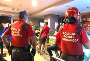 3 detenidos, 39 intervenciones por grupos de botellón y sin mascarilla este fin de semana en Navarra