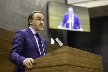 Esparza (NA+) rechaza el uso por el Gobierno vasco de los símbolos propios de Navarra