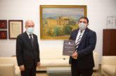 El Presidente del Parlamento recibe la Memoria 2019 de la Fiscalía de Navarra