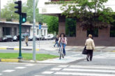 El Ayuntamiento de Pamplona mejorará la visibilidad de más de 100 pasos de peatones que no tienen 5 metros previos libres