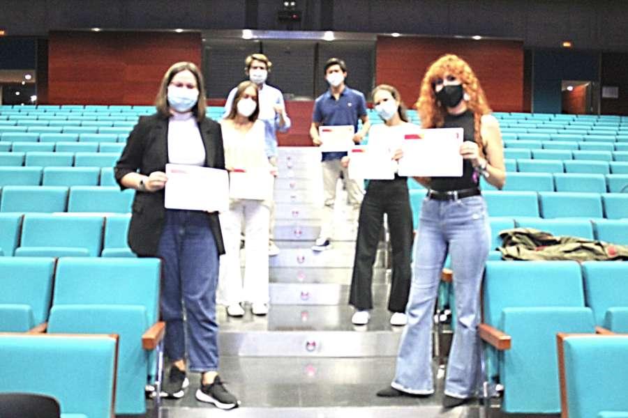 El Colegio de Médicos entrega los premios del III Certamen de Casos Clínicos Ético-Deontológicos