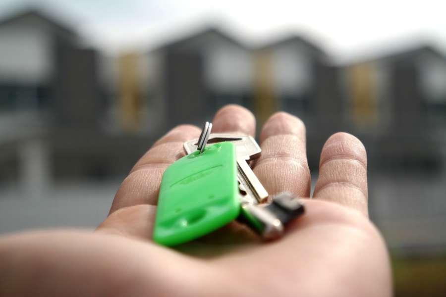 La firma de hipotecas profundiza su caída en agosto al 23,8% y suma seis meses de retrocesos