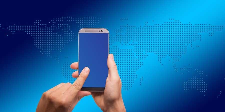 Alerta por retirada de dinero a través del móvil suplantando a una compañía eléctrica