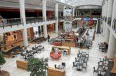 El Parlamento insta al Gobierno de Navarra a limitar el horario de cierre de las grandes superficies comerciales