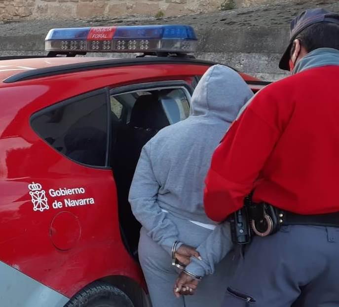 13 detenidos en Navarra, una mujer por lesiones a una persona mayor en Tafalla