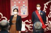 Ayuso impone la Gran Cruz de la Orden del Dos de Mayo a Rafa Nadal que la dedica a las víctimas del coronavirus