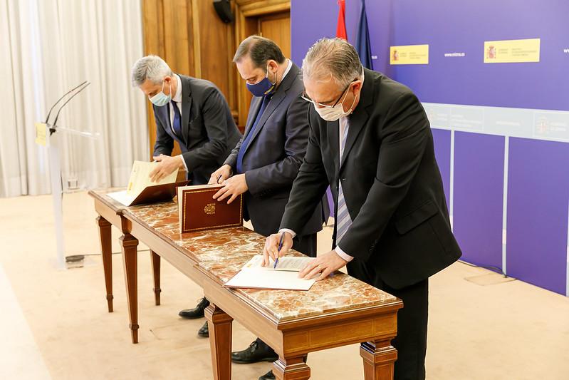 El Ayuntamiento de Pamplona firma un protocolo con el Gobierno de España para elaborar el Plan Estratégico Urbano