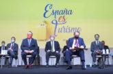 Cumbre turismo de España alerta de