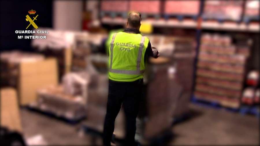 Intervenidas más de 225.000  botellas de ron falsificadas introducidas en España
