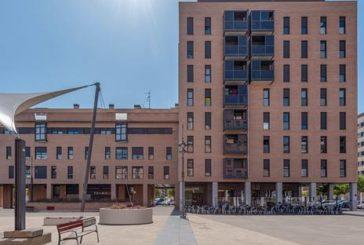 El número de hipotecas sobre viviendas en España suaviza su caída en febrero al 13,8%
