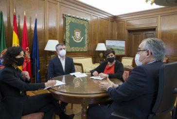 El alcalde se reúne con la Asociación de Hoteles de Pamplona