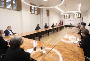 Chivite llama a la unidad del sector público y privado para superar la crisis provocada por el COVID-19