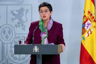 El Gobierno asegura que España no se va a unir a los países que compran más dosis de la vacuna por su cuenta