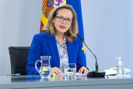 El Gobierno de Sánchez admite la desaceleración y rebaja su previsión de crecimiento del PIB al 6,5% este año