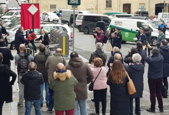 El Ayuntamiento coloca 4 placas en memoria de 4 víctimas asesinadas por ETA en Pamplona