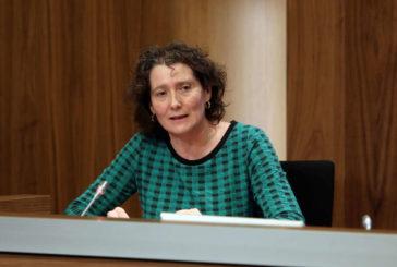 Derechos Sociales y Lares Navarra renuevan su convenio para implantar el modelo de atención centrada en la persona