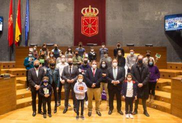 El Parlamento celebra la Semana de Acción Mundial por la Educación abriendo el salón de pleno a escolares y asociaciones