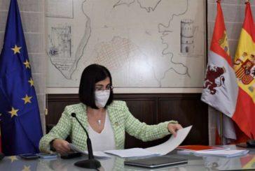 Sanidad y las CCAA acuerdan revisar la obligatoriedad de la mascarilla pese a mantener la distancia social