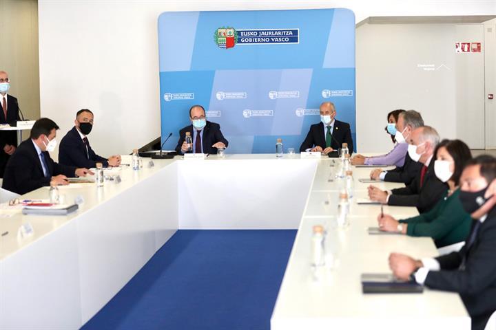 El Gobierno de Sánchez traspasa la gestión de las prisiones a Euskadi