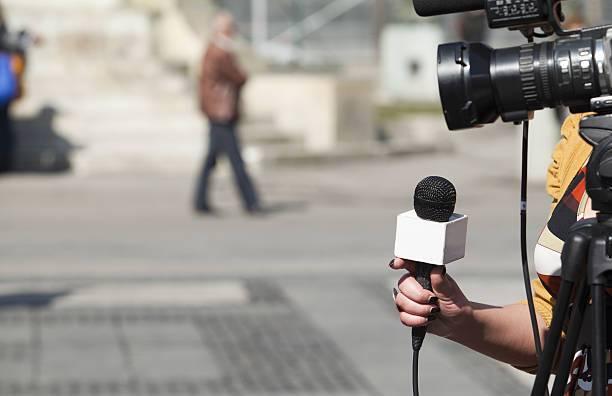 La Asociación de Mujeres Periodistas Navarras denuncia la precariedad en el mundo de la comunicación