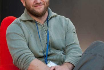 La Universidad de Navarra concede el Premio Luka Brajnovic al periodista David Beriáin