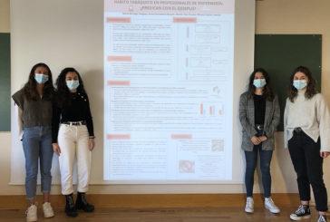 Estudiantes del Enfermería de la UPNA presentan sus trabajos en formato póster